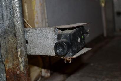 Top 10 garage cleaning and repair tips for Fix garage door sensor